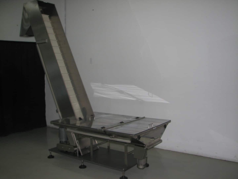 Used Groninger elevator for pumps model DE180
